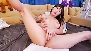 Asian webcam slut solo pussy masturbation